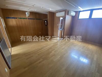 【内装】菰野町福村店舗事務所