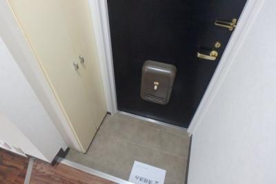 【玄関】ウィスタリア神戸