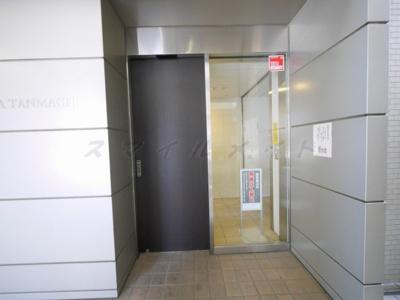 【エントランス】スタイリオ横浜反町
