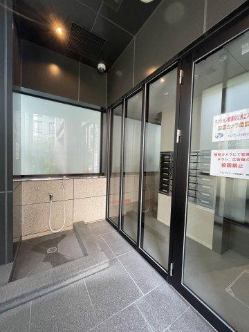【エントランス】ブランズタワー大阪備後町