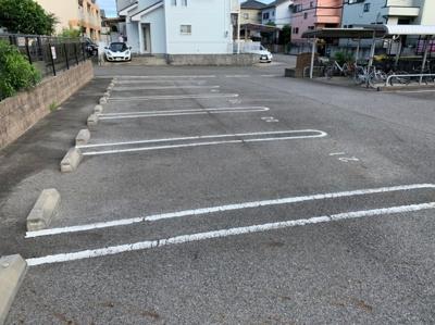 駐車場です 【COCO SMILE】