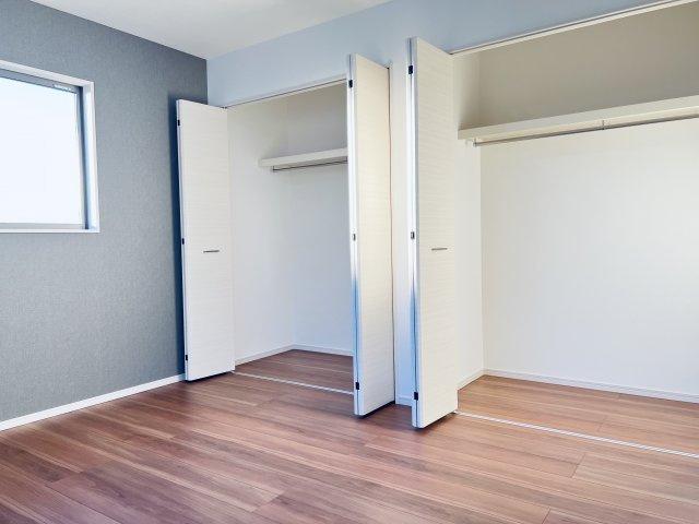 【施工例】南向き6.5帖の洋室です。