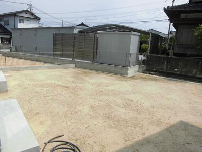 【庭】苅田町大字新津B棟