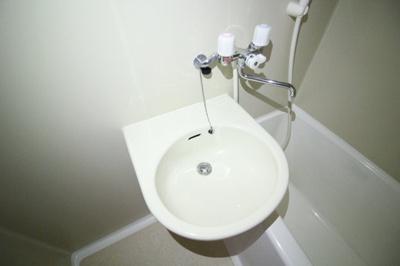 【洗面所】クラウンハウス