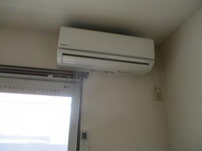 洋室のエアコン
