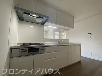 【キッチン】ヴェルデ深田町