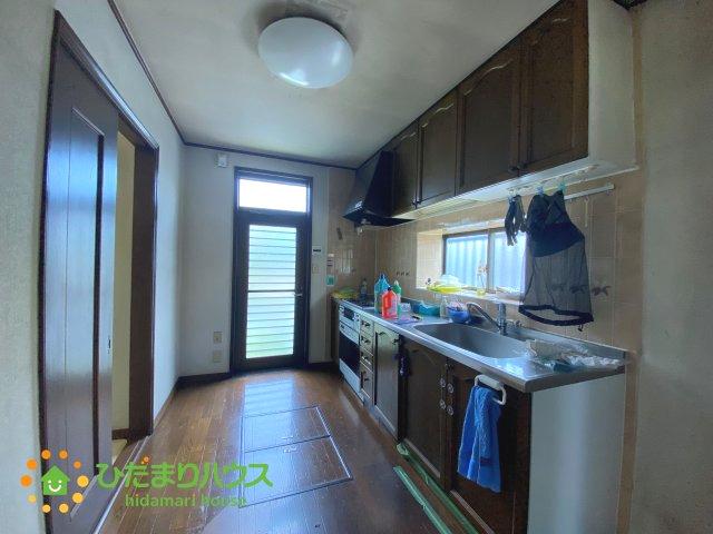 独立したキッチンならお料理中の匂いがお部屋に広がることもございません。