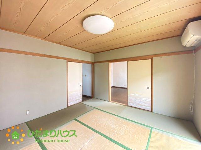 二方向から出入り可能な和室、生活動線を考慮した間取り設計です♪