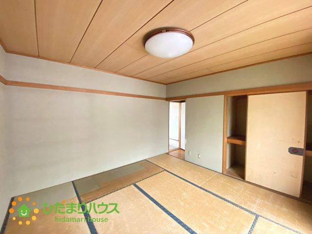 やはり和室は落ち着きますね。。