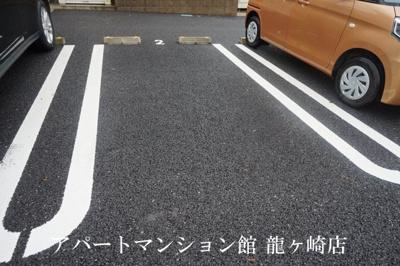 【駐車場】エミリオ・クレスト A
