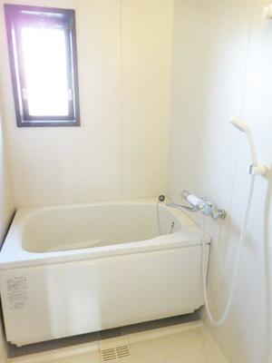 【浴室】ヴィラ仲谷向陽台