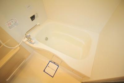 【浴室】アルフォンス・桜の町