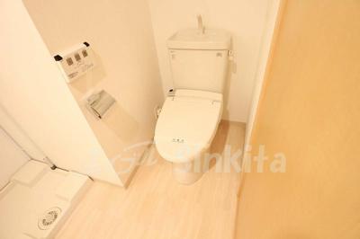 【トイレ】イーバイユー新大阪