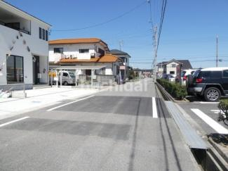 高浜市神明町第4新築分譲住宅9号棟~12号棟前面道路写真です。