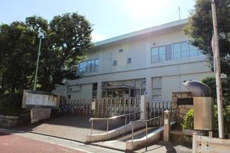 400m 大田図書館
