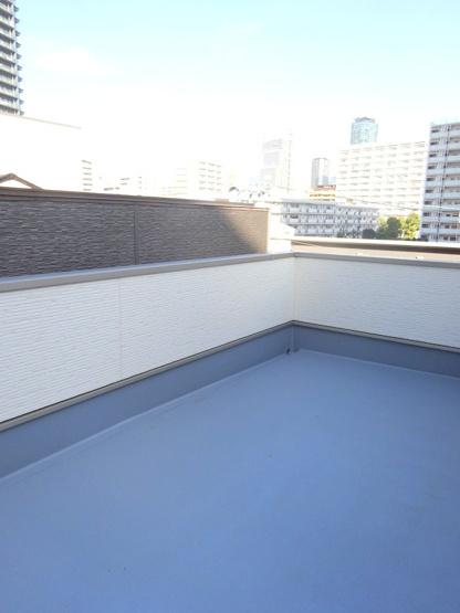 【施工例】外観施工例です。外壁の色や素材など、素敵なお家になるようご希望をお聞かせください。