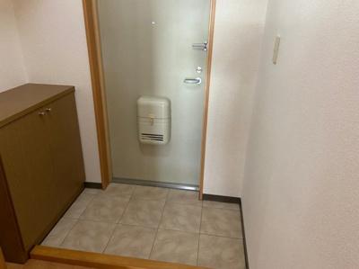 シンプルで使いやすい玄関です 【COCO SMILE ココスマイル】