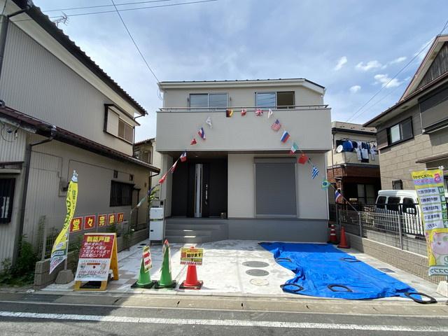 JR総武・中央緩行線「本八幡」駅バス10分子の神公園停歩2分の全1棟の新築一戸建てです。京成本線「鬼越」駅は徒歩18分です。