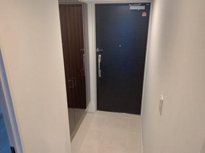 シンプルできれいな玄関です。
