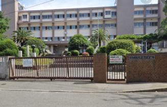 大野城市立大野東中学校まで725mです。