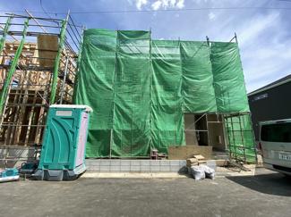 JR武蔵野線「市川大野」駅徒歩15分の全6棟の新築一戸建てです。