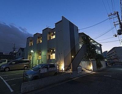 【外観】駅徒歩約5分!!築浅デザイナーズ一棟アパート