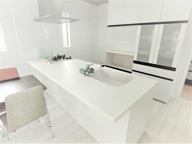 プランによってキッチンのデザインも様々です。広いキッチンでお料理をより楽しく快適に♪