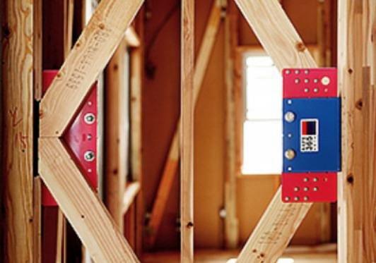 当物件の制振装置は震度6強を最大67%低減します。