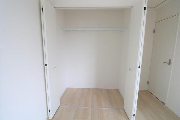 【収納】 2階7.2帖洋室の収納です♪