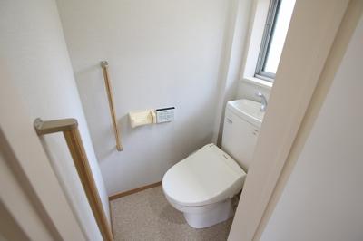 菅田ビル やっぱり嬉しいバストイレ別 トイレは快適な温水洗浄機付きです