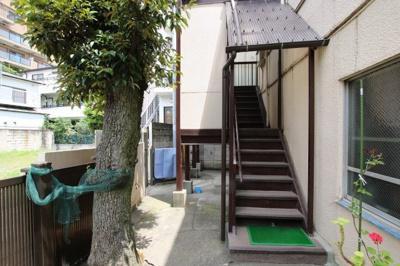 菅田ビル 共用階段