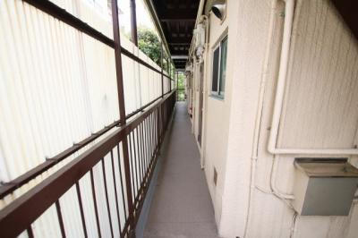 菅田ビル 共用廊下
