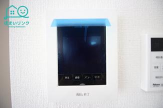 モニター付きインターホンは録画機能付き。 ピンポンのその瞬間を画像で保存してくれます。