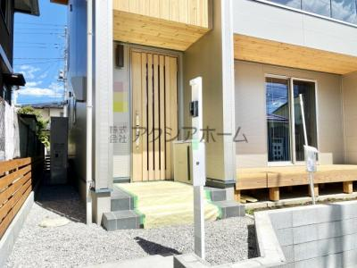 【玄関】入間市大字小谷田・全2棟 新築一戸建 B号棟