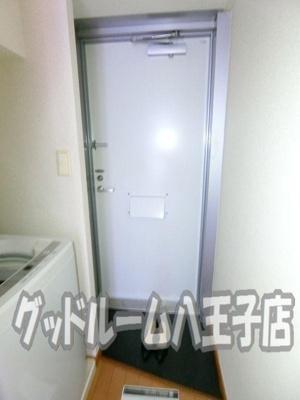 【玄関】レオパレスNAKAGOME