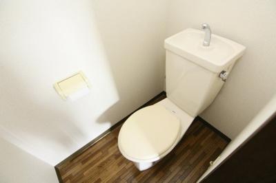 【トイレ】フローラルカワダ
