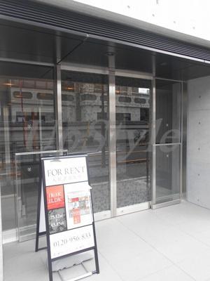 【エントランス】ザ・パークハビオ根岸三丁目