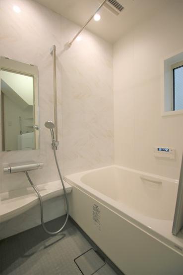 【浴室】高津区千年 中古戸建3,190万円