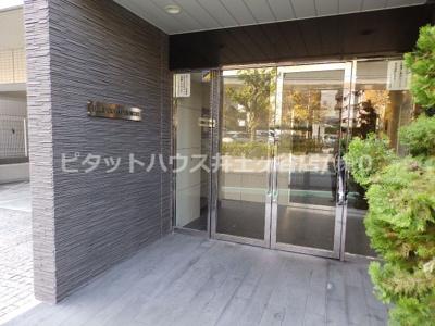 【エントランス】レグラス横浜吉野町