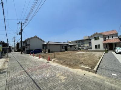 【前面道路含む現地写真】三木市本町2丁目売土地