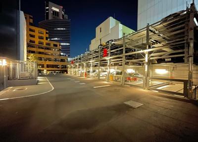 【駐車場】フロンティア新宿タワー