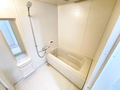 浴室暖房乾燥機付きのため雨の日のお洗濯も可能!カビの抑制にも効果的です。