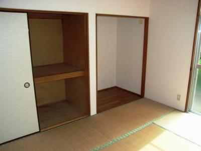 【寝室】サンビレッジ