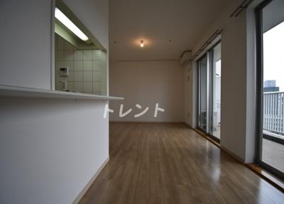 【居間・リビング】豊洲シエルタワー