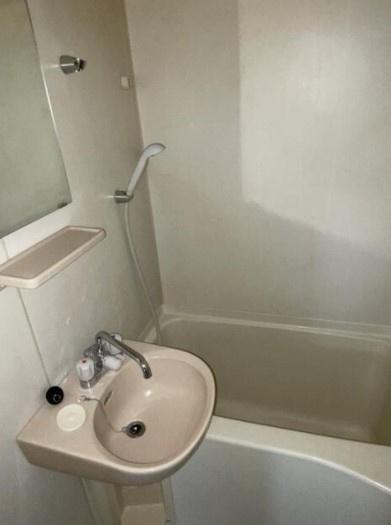 【浴室】ラミアカーザ中野