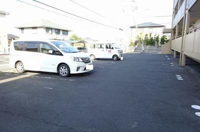 【駐車場】プラムマンション