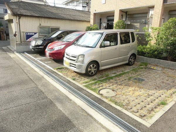 敷地内駐車場!