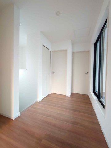 2F:ホール《 現地写真 》現地見学や詳細は 株式会社レオホーム へお気軽にご連絡下さい。