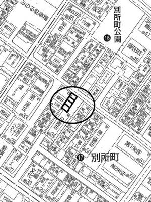【地図】日南荘ガレージ