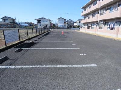 【駐車場】ノーブルⅡ